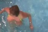 partie mélangiste dans une piscine libertine