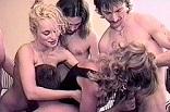 avec deux coquines québécoises en pleine orgie de baise
