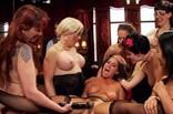 démo BDSM dans un club échangiste US