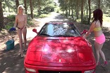 car-wash sexy avec deux amatrices libertines